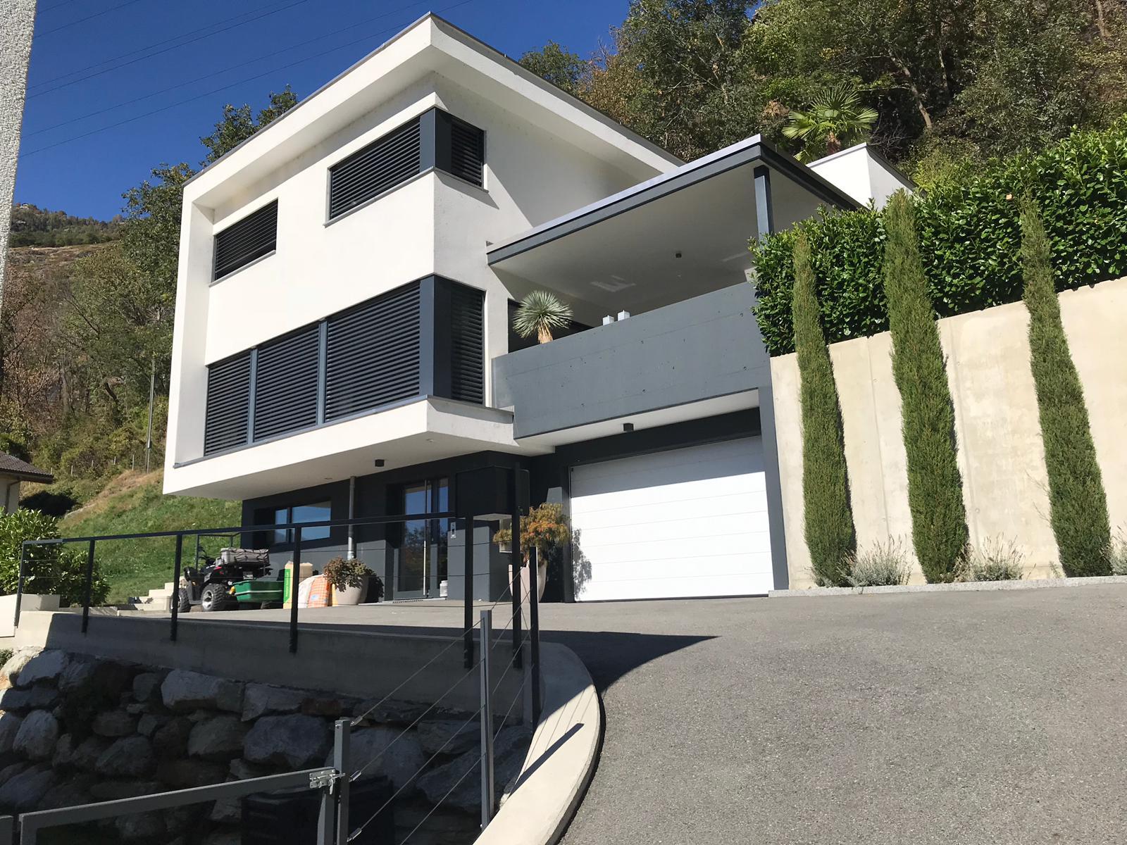 2 Einfamilienhäuser in Lalden, Baujahr 2012